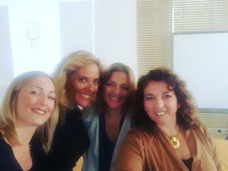 da sinistra: Prof. L. Manna, Avvocato Fabiana Sera, Avvocato Valentina De Giovanni, Avvocato Maria Grazia Siciliano